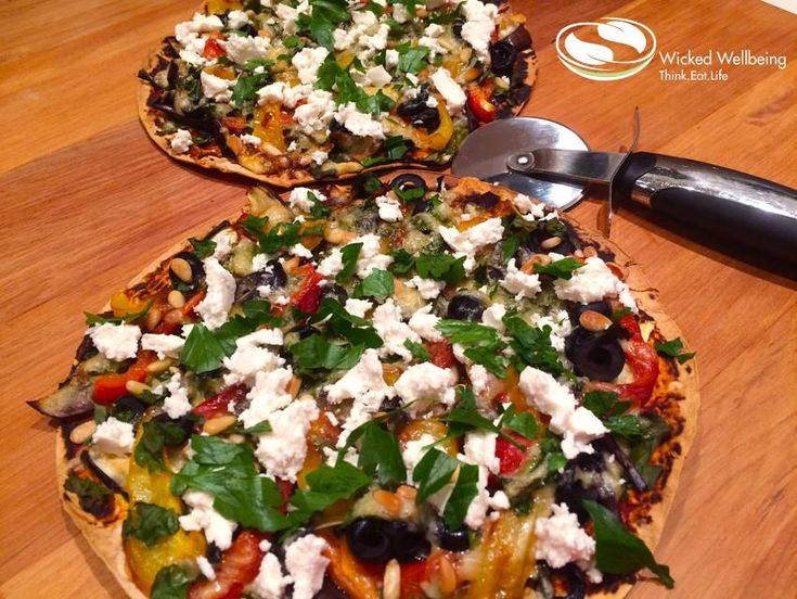 If you're part of the Kitchen Club, you can expect these on the menu, Grilled Eggplant and Pepper Pizzas, yum!!  #eggplant #pizza