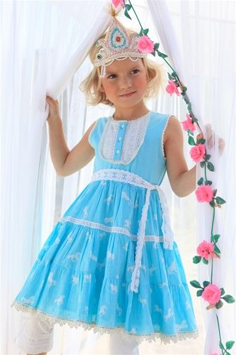 This dress would be so sweet for easter :)  MylittleJules.com is having an awesome giveaway http://www.mylittlejules.com/category_s/1408.htm