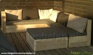 Onze comfortabele hoekbanken worden van A-kwaliteit steigerhout voor u op maat gemaakt.