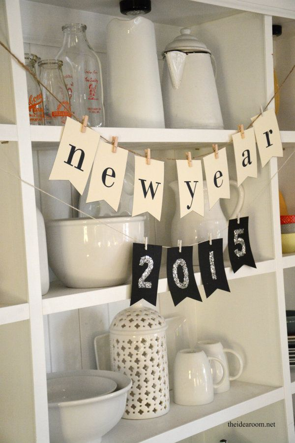 DIY New Years Eve Year Banner from @theidearoom