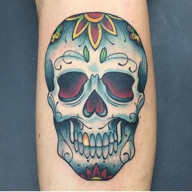 """Gefällt 1,414 Mal, 7 Kommentare - Miami Ink - Love Hate Tattoos (@miamiinklovehate) auf Instagram: """"We like our skulls with gold teeth. @josecordova #miamiink #skull #sugarskull #goldtooth #colorful…"""""""