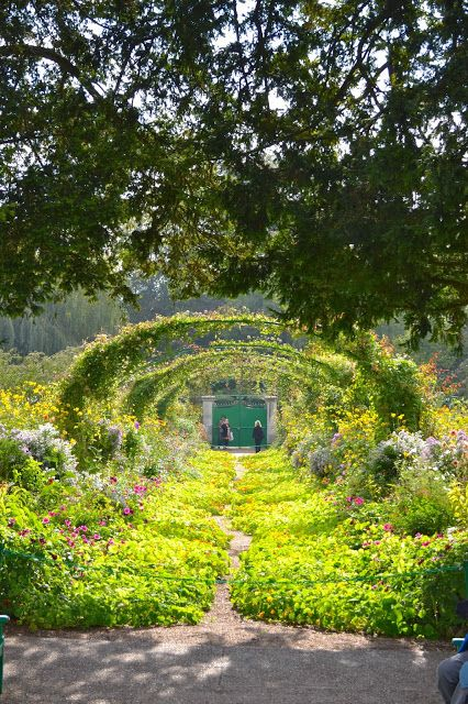 Allée des nymphéas - Giverny - maison de Claude Monet
