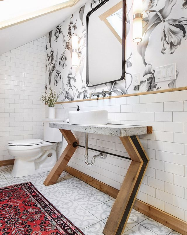 This Bathroom Is The First Time Weve Mixed Wallpaper And Patterned Tile Its Safe To Say Its Going To Happen Again Swipe Amazing Bathrooms Elegant Mirrors Decor