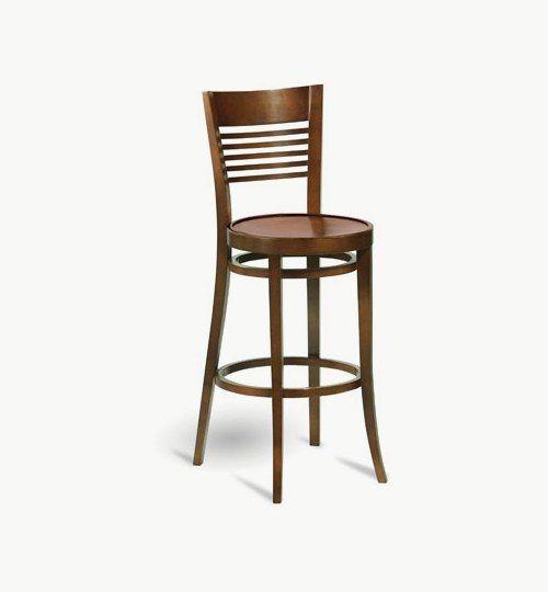 Barstol i trä som går att få med stoppad sits, många tyger att välja på. Ingår i en serie med en vanlig stol. Barstolen är tillverkad i trä med bets samt att det går att få sittskalet stoppat/klätt. Stolen väger 7 kg, vilket är en normal vikt för en barstol. Tyg Lido 100 % polyester, brandklassad. Tyg Luxury, 100 % polyester, brandklassad. Konstläder Pisa, brandklassad, 88,5% PVC, 11,5% polyester. #azdesign #barstol #brun #inredning #pagedmeble
