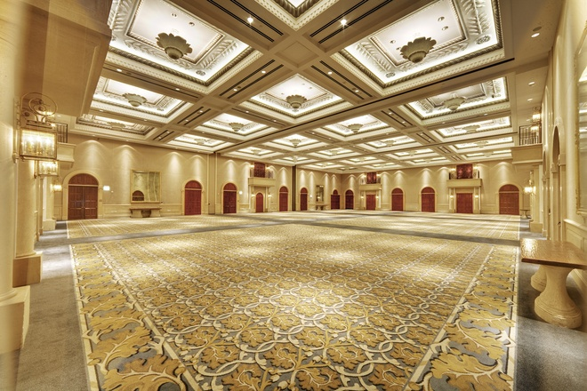 Bacara Ballroom | This spacious, luxury venue is an expansive 11,300 square feet and features 23-foot-high ceilings with beautiful sculptured details, gilt-framed mirrors and six balconies. The Bacara Ballroom also offers a direct-access loading dock. It can accommodate up to 1,250 guests for a theater set-up, 110 guests for a conference set-up and 1,100 guests for a reception. It's our largest venue at Bacara Resort & Spa.