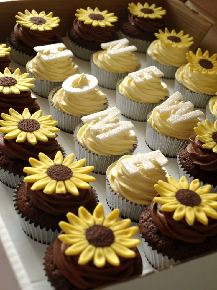New House Cookies | The cupcake company: Michelles Housewarming cupcakes