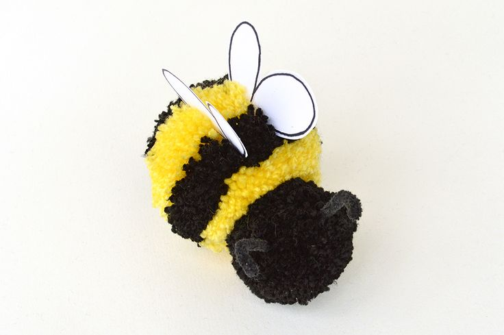 pom pom bee craft for kids