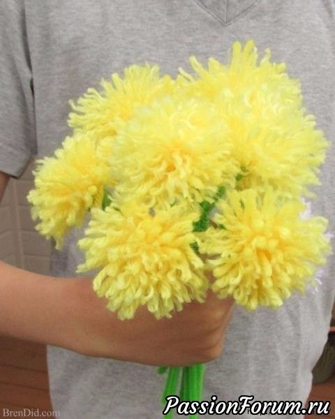 Хризантемы из помпонов