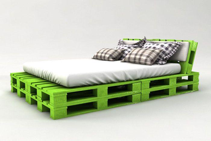Bau Dir ein super schickes & bequemes Palettenbett schon für 50€ (+ 6 Farbideen)