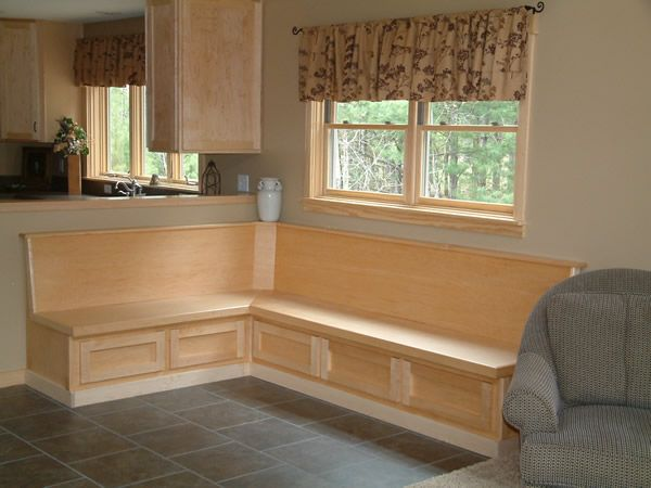 Kitchen Bench Seating With Storage | Model Center :: Sweetwater Homes    Lewiston MI