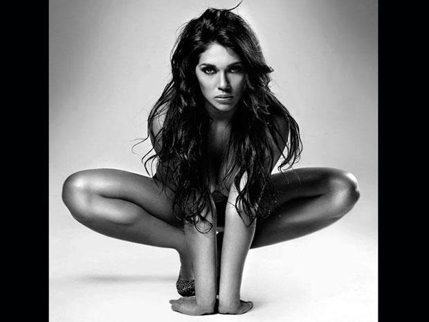 Vania Bludau desnuda: Karla Tarazona ya puede sentir envidia: Art Nude, Nude Photography