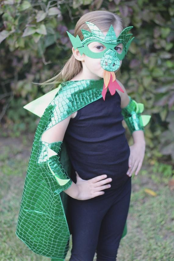 Black Dragon Costume Cape With Scales And Spikes Optional Etsy Kids Dragon Costume Dragon Costume Diy Dragon Costume