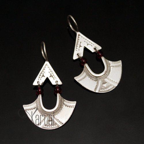 Bijoux Touareg Ethniques Boucles d'Oreilles en Argent Feuille 03 Longues Pendants Perles Rouges
