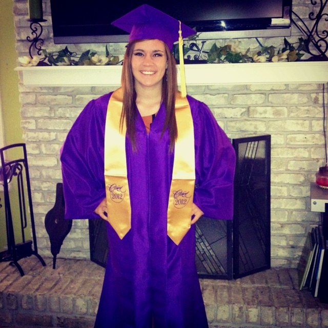17 Best images about Cap and Gown on Pinterest | Tassels, Colleges ...