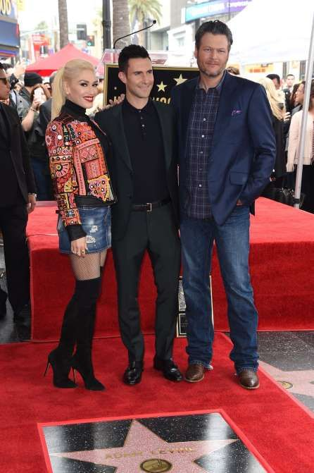 "Gwen Stefani and Blake Shelton support fellow ""The Voice"" coach Adam Levine as he's honored with a s... - Jim Smeal/BEI/Shutterstock/Rex USA"