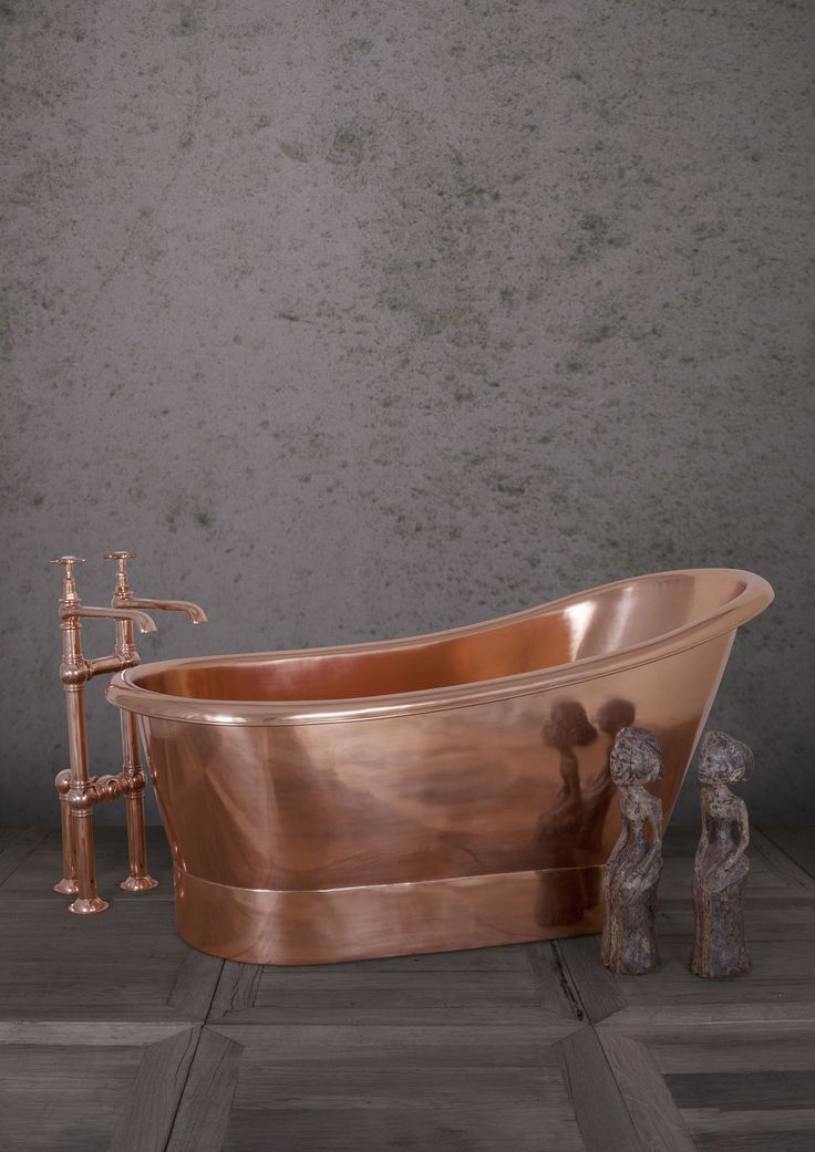 Bijou 1500mm Copper - Our Copper collection continues to expand with The Bijou. Our fresh take on a classic, distinctly French single slipper bateau bath first used in 19th Century. Its unusual high ended design adds a touch of 'je ne sais quoi' to the bathing experience. Perfect for smaller spaces. #Bath #Baths #Bathing #Copper #Nickel #Luxury #NewDesign #Decorex #Bespoke #Hurlingham