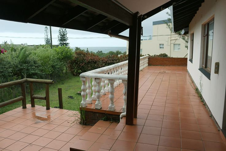 Clarence House in Uvongo, Margate - sleeps up to 8, situated in Uvongo and is a lovely double-story home with 4 bedrooms and 3 bathrooms. Ideal for a group or family of 8 people. The house has a built-in braai on the patio and has a lovely sea view. A garage and a carport are available for parking. #uvongo #margate #kznsouthcoast #southafrica #where2stay #selfcatering #holiday