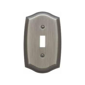 Baldwin 4756.030 Colonial Design Single Toggle Switchplate, Polished Brass