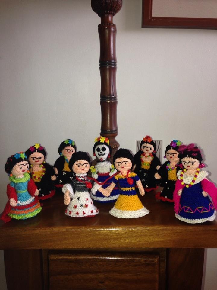 Mis queridas Fridas juntitas! (amigurumi)