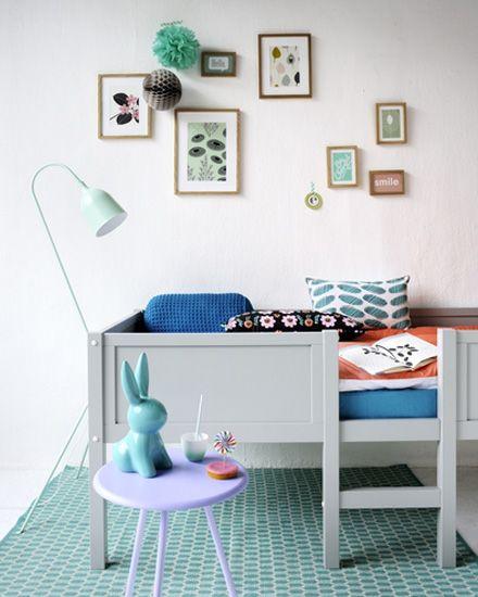 les 25 meilleures id es de la cat gorie lit sureleve fille sur pinterest chambres loft pour. Black Bedroom Furniture Sets. Home Design Ideas