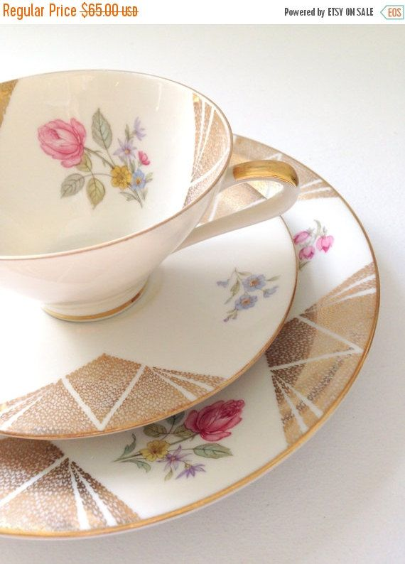 Vintage Seltmann Weiden Tea Cup and Saucer Trio