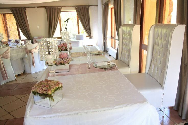 Bride and groom main table