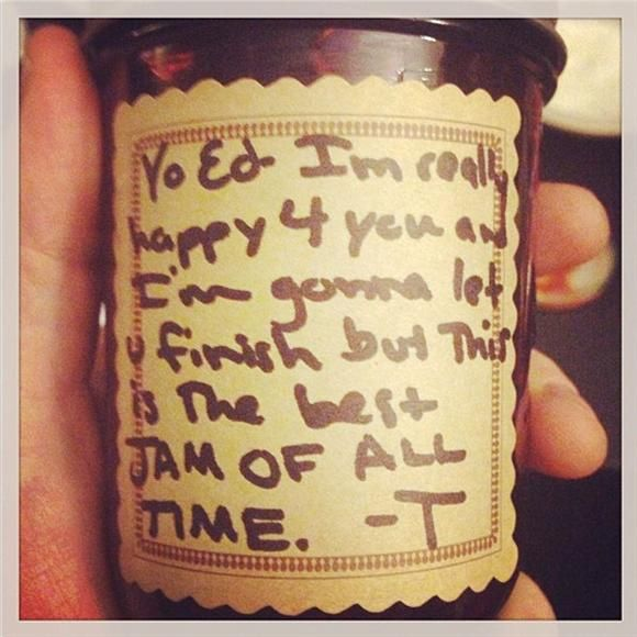 """""""Yo Ed—I'm really happy 4 you and I'm gonna let u finish but this is the best JAM OF ALL TIME. —T"""" (I think I want some of that Jam) Taylor Swift to Ed Sheeran"""