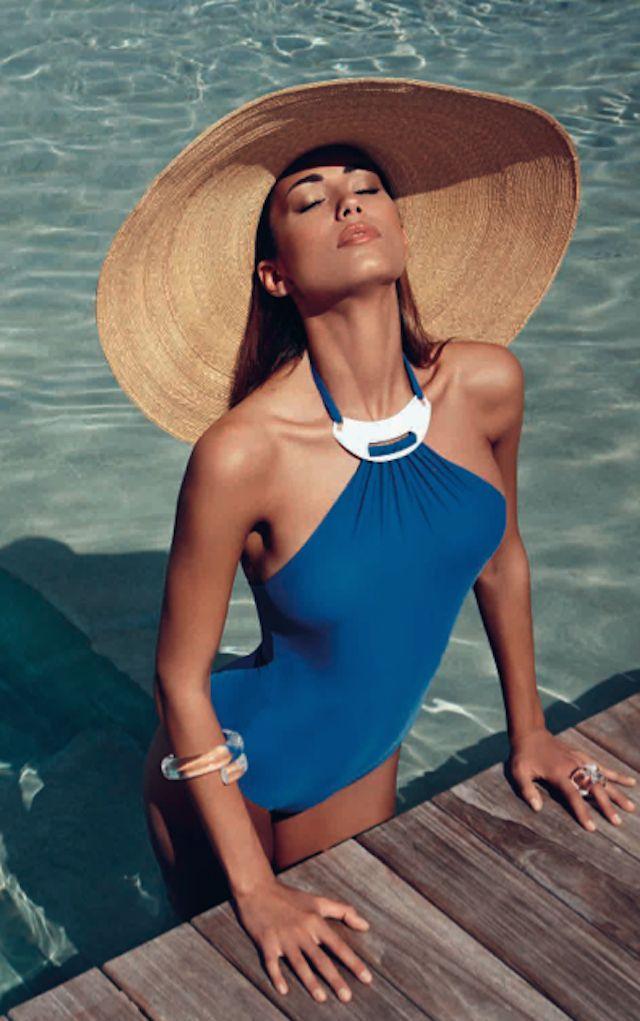 Hai già deciso dove andare in vacanza? Per ogni spiaggia uno stile @Goldenpoint #EnjoYourSummer #EnjoYourStyle http://www.soapmotion.com/?p=9924