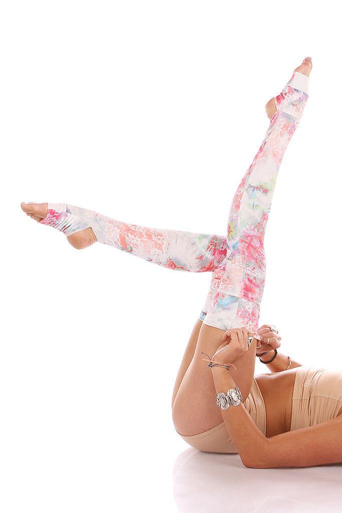 Embrace your inner dancer (if you're not one already). Sexy, strong, graceful. The key to embracing your inner dancer…besides endless years of practice, determination, sacrifice and endurance? Leg war