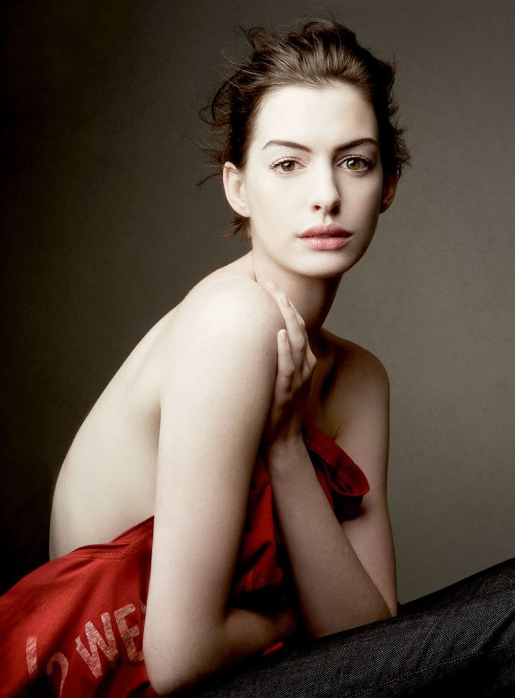 Love Love Love natural beauty, and Anne Hathaway© Annie Leibovitz