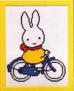 Cross stitch pattern - Nijntje op fiets