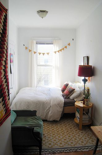 10 ways to decorate your rented flat to make it less shit small bedroom - Bedroom Ideas For Small Rooms