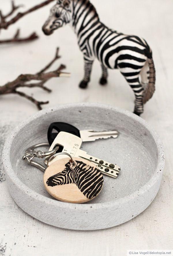 Zebra animal decor key storage