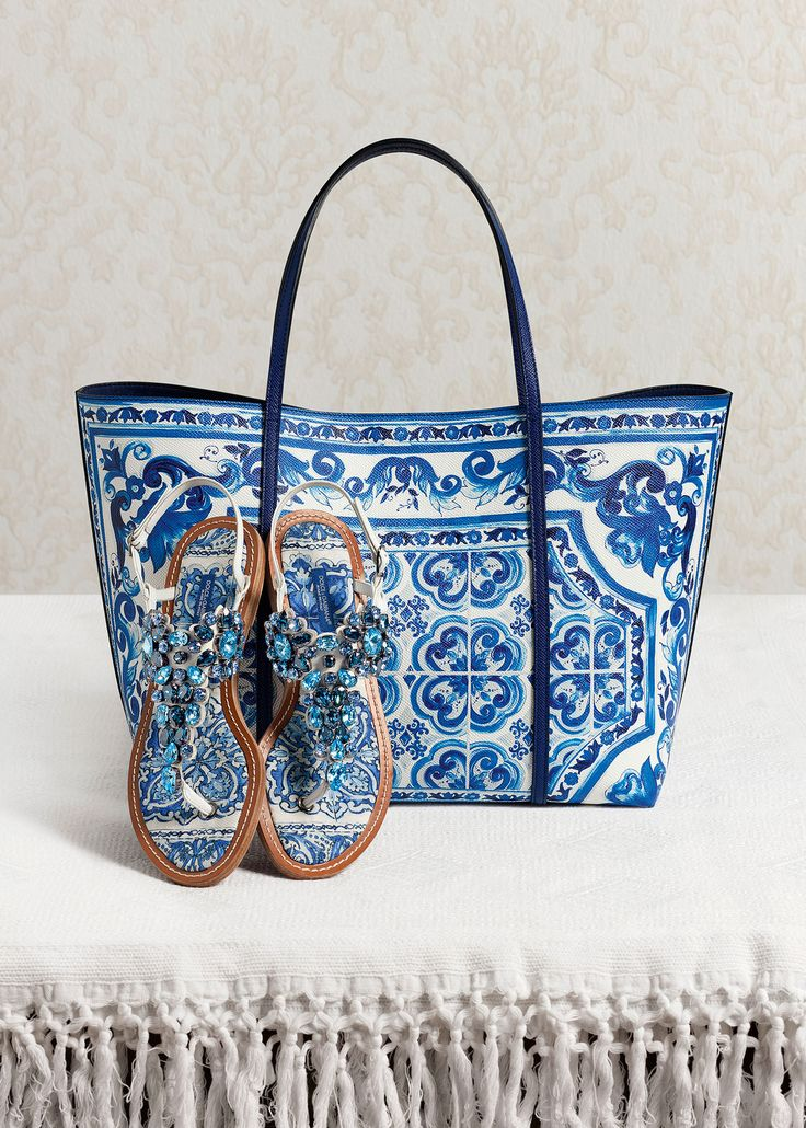I just love this Dolce and Gabbana bag! Ooooh, and the sandals are divine!