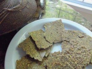 Zucchini-Pumpkin Seed Crackers | Easy Raw Food Recipe