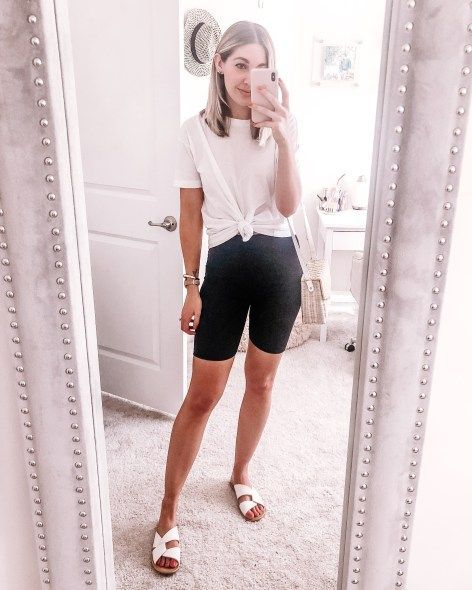 Casual biker shorts outfit that's perfect for a comfortable travel outfit   whit... -  #Biker...