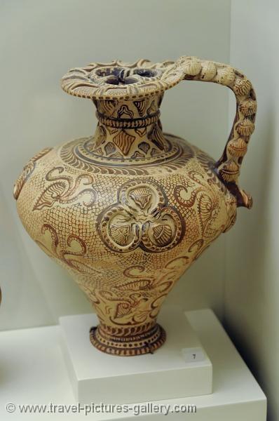 Marine Style Ceramics of the Cretan-Minoan Neopalatial Period (ca 1650-1450 BC) Arch. Museum