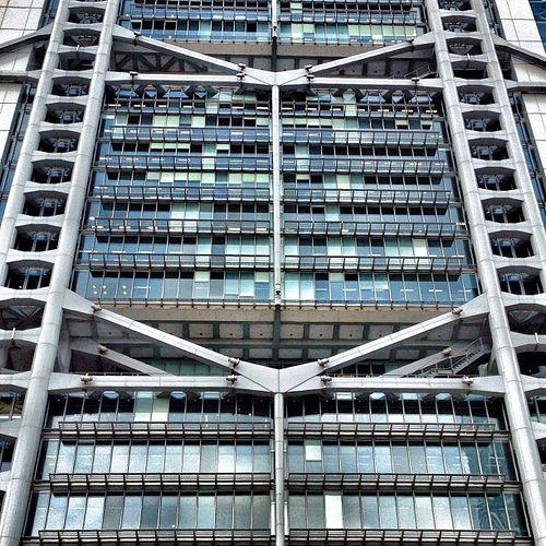 High Tech Modern Architecture Buildings: 69 Best Images About HIGH TECH HSBC On Pinterest