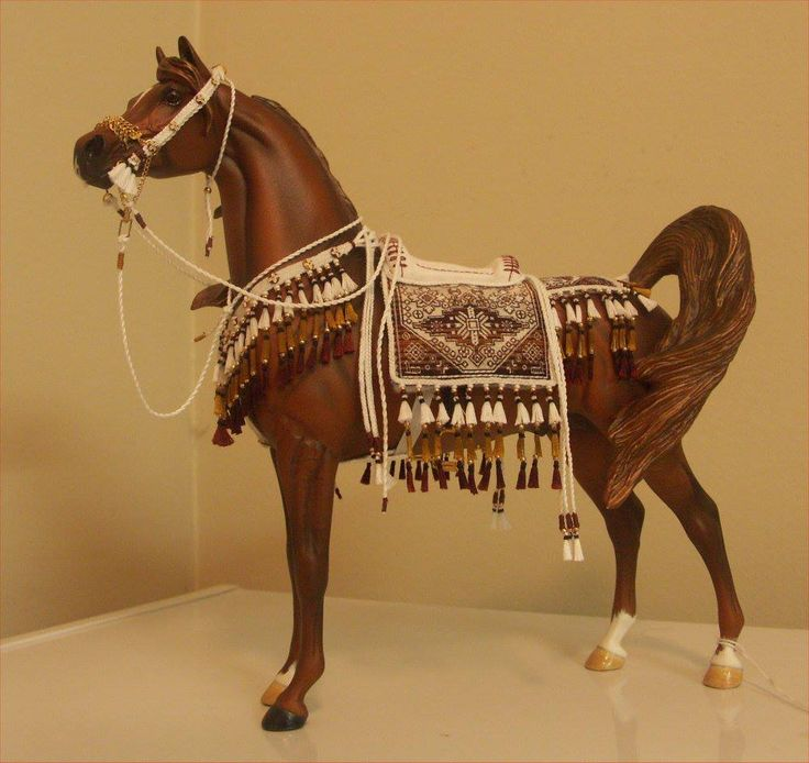 beautiful native costume Breyer Horse Arabian Native Costume