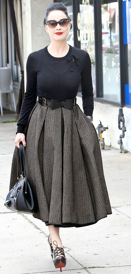 Dita's daytime look. Love the fact that she's petite but still gets away with this length skirt...