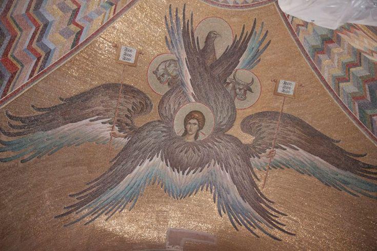 Эталон или ориентир качества? Мозаики в Тимашевске.
