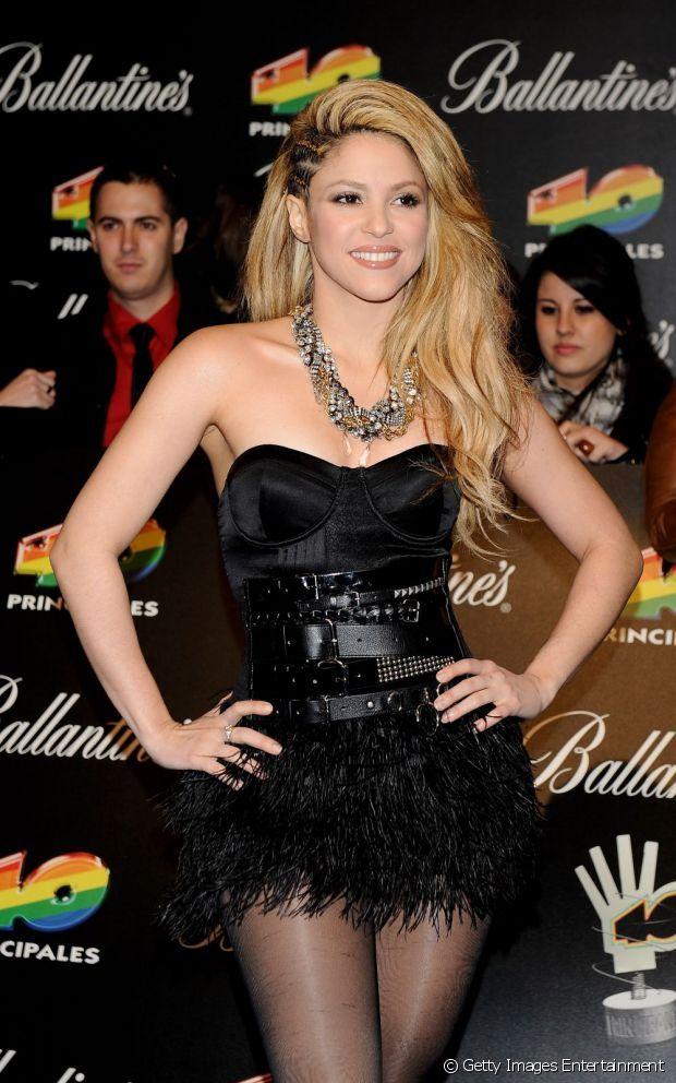 Shakira es de las fans adeptas a este peinado. Aquí lo luce con varias trenzas que nacen desde la raíz y deja el resto del cabello voluminoso.