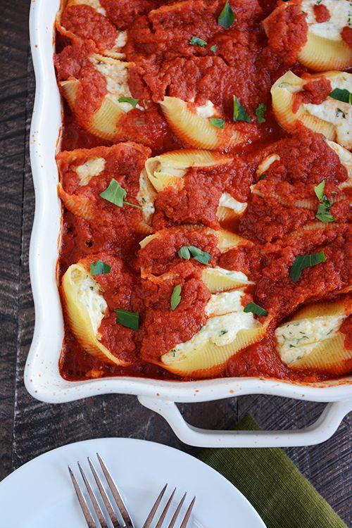 Cheesy Ricotta Stuffed Shells FoodBlogs.com