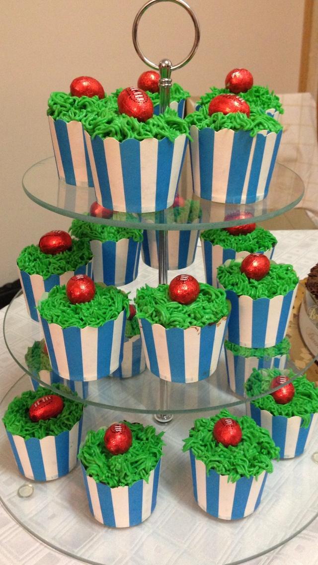 Footy Cupcakes... Go the ROO boys!!