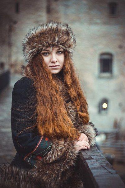 """Kurzmantel """"Russisches Märchen"""" aus Wolle  von Julija Tjyrikowa"""