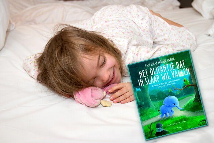 Kan je kind moeilijk in slaap komen? Probeer het met Olivia het olifantje! Rosa probeerde het uit bij haar dochtertje en merkte wel degelijk een verschil! https://www.mamsatwork.nl/moeilijk-in-slaap-komen-boek-olifantje/