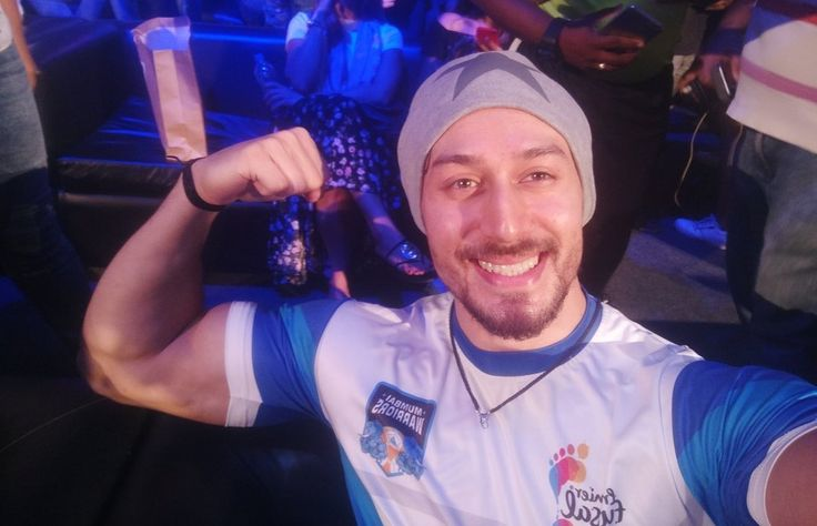 Mumbai:Actor Tiger Shroff attended grand launch of premiere Futsal Season 2 to support his team Mumbai Warriors on Friday in Mumbai. While interacting with media, Tiger stated that he would love to do biopic on Cristiano Ronaldo. When asked Ronaldo which footballer biopic he wants to see in future and in which footballer biopic he …