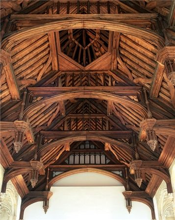 Eltham Palace to see the hammerbeam roof in the Great Hall. It was built for Edward IV in the 1470s as a dining room for the court.