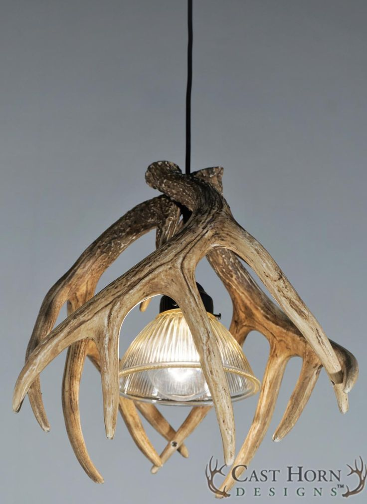 Die besten 25 geweih lampe ideen auf pinterest for Lampe geweih modern