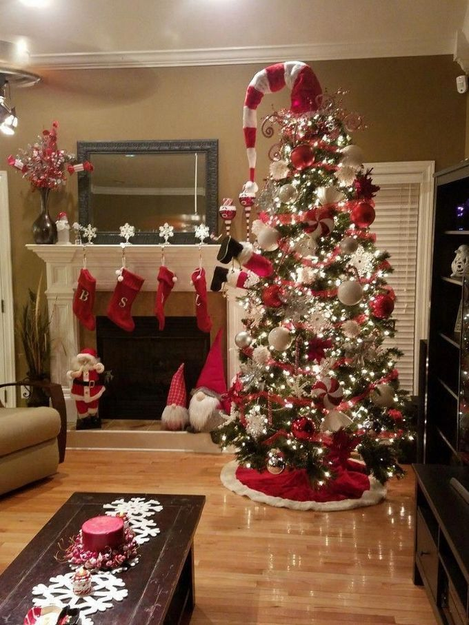 40 Awesome Farmhouse Christmas Tree Ideas Look Very Beautiful Small Christmas Trees Decorated Hobby Lobby Christmas Trees Farmhouse Christmas Tree
